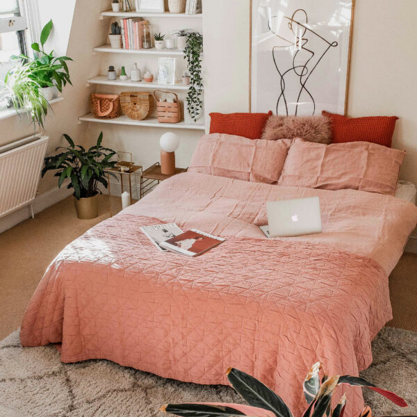5 Bedroom Decor Ideas for a Spring Update