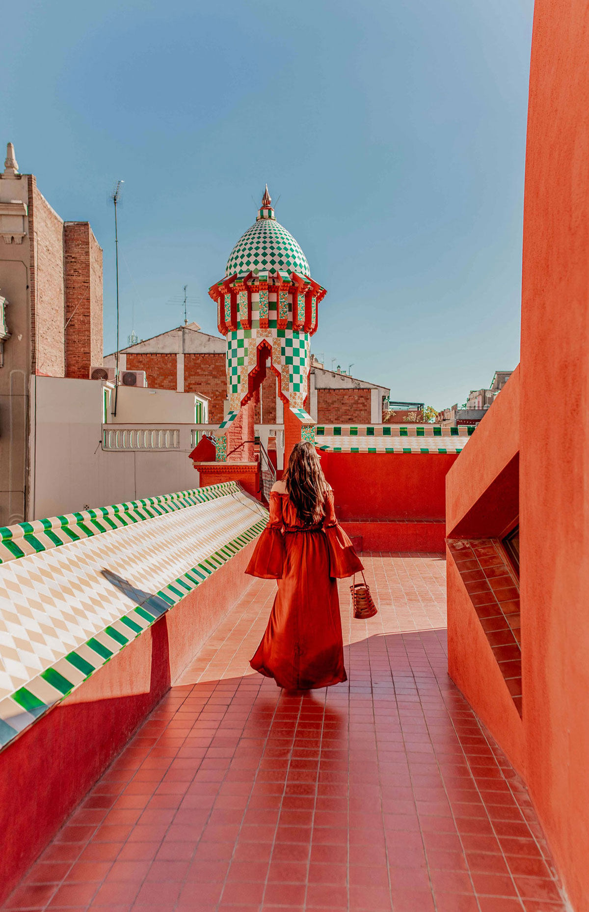 Top-things-to-do-in-Barcelona-Bucket-list--Instagram-Story-Template--kelseyinlondon-Kelsey-Heinrichs--What-to-do-in-Barcelona--Where-to-go-in-Barcelona-top-places-in-Barcelona-casa-vicens-3 2