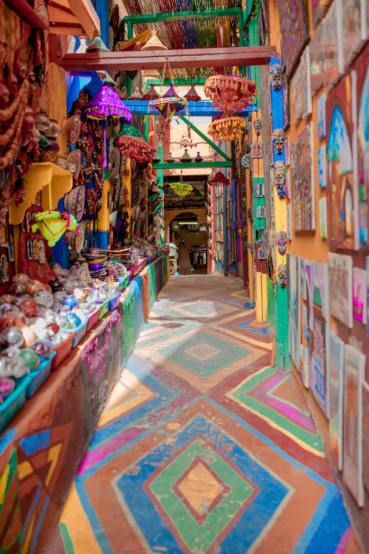 1-Top-things-to-do-in-Fez-Bucket-list-kelseyinlondon-Kelsey-Heinrichs--What-to-do-in-Fez--Where-to-go-in-Fez-top-places-in-Fez-rainbow-street-art