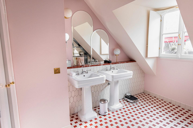 1-best-hotels-in-paris-where-to-stay-in-paris-paris-boutique-hotel-Hotel-des-Grands-Boulevards-kelsey-heinrichs-kelseyinlondon-1