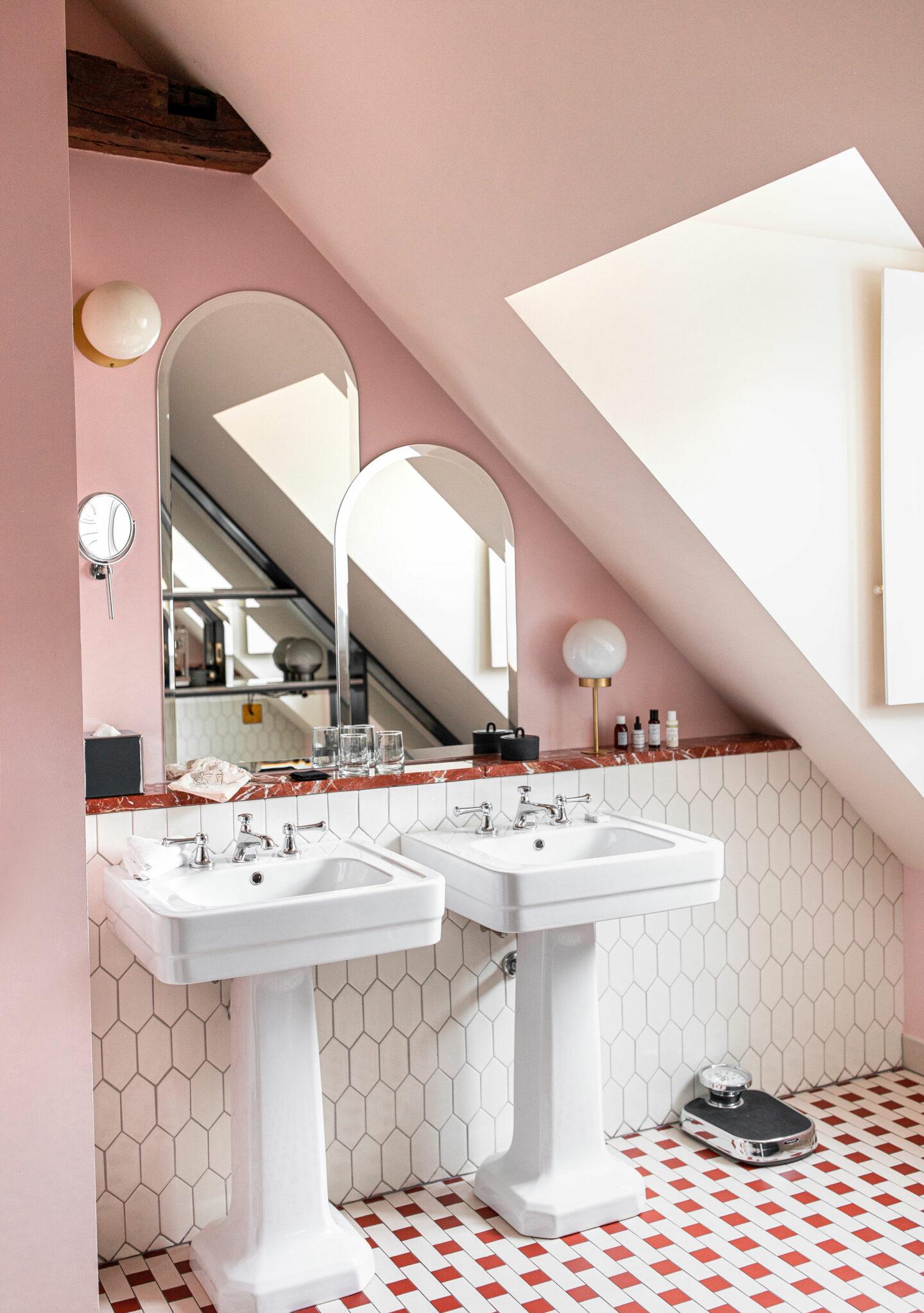 3-best-hotels-in-paris-where-to-stay-in-paris-paris-boutique-hotel-Hotel-des-Grands-Boulevards-kelsey-heinrichs-kelseyinlondon-1