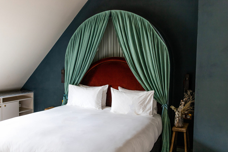 best-hotels-in-paris-where-to-stay-in-paris-paris-boutique-hotel-Hotel-des-Grands-Boulevards-kelsey-heinrichs-kelseyinlondon-1