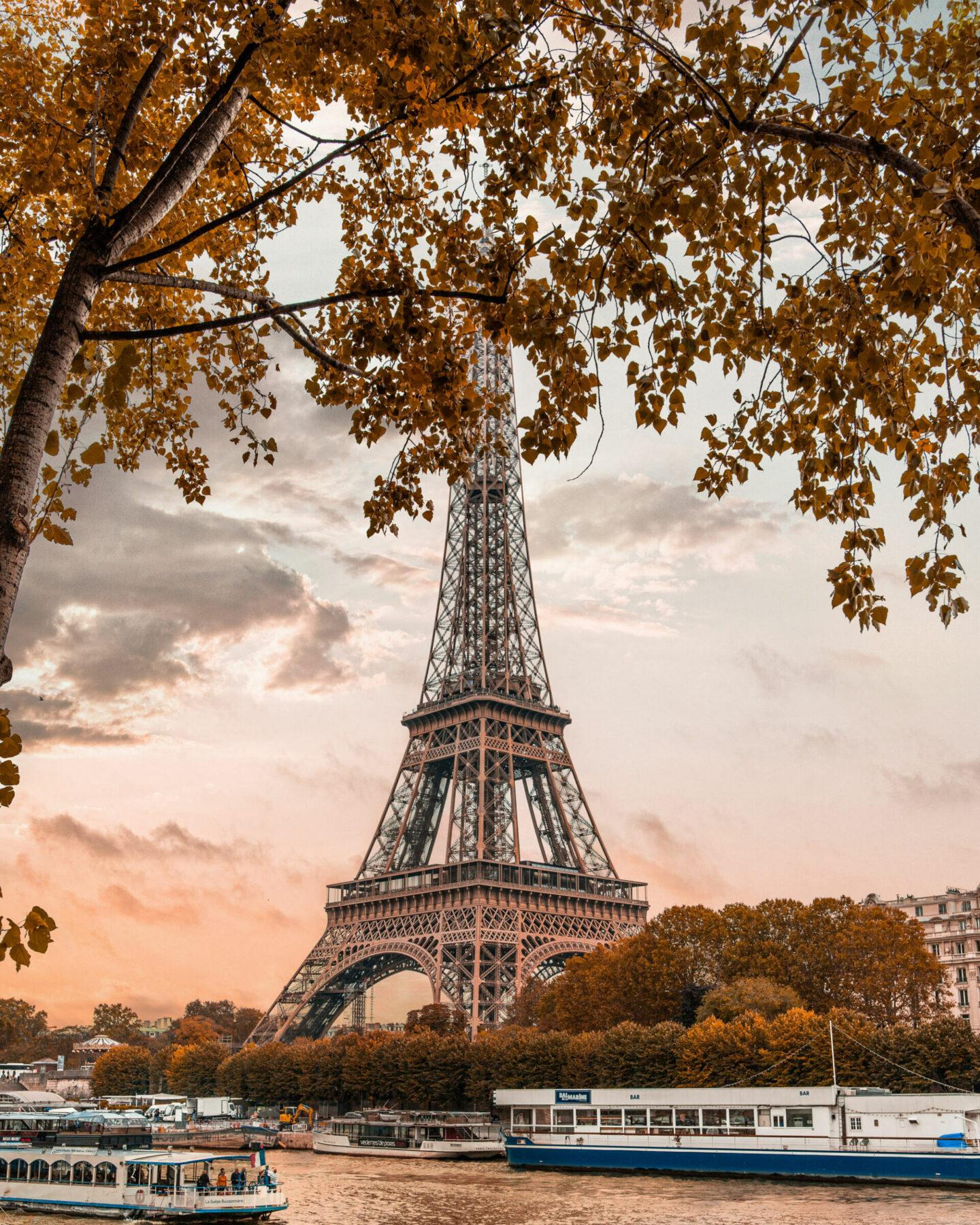Paris Instagrammable Locations kelseyinlondon kelsey heinrichs things to do in Paris bucketlist River Seine