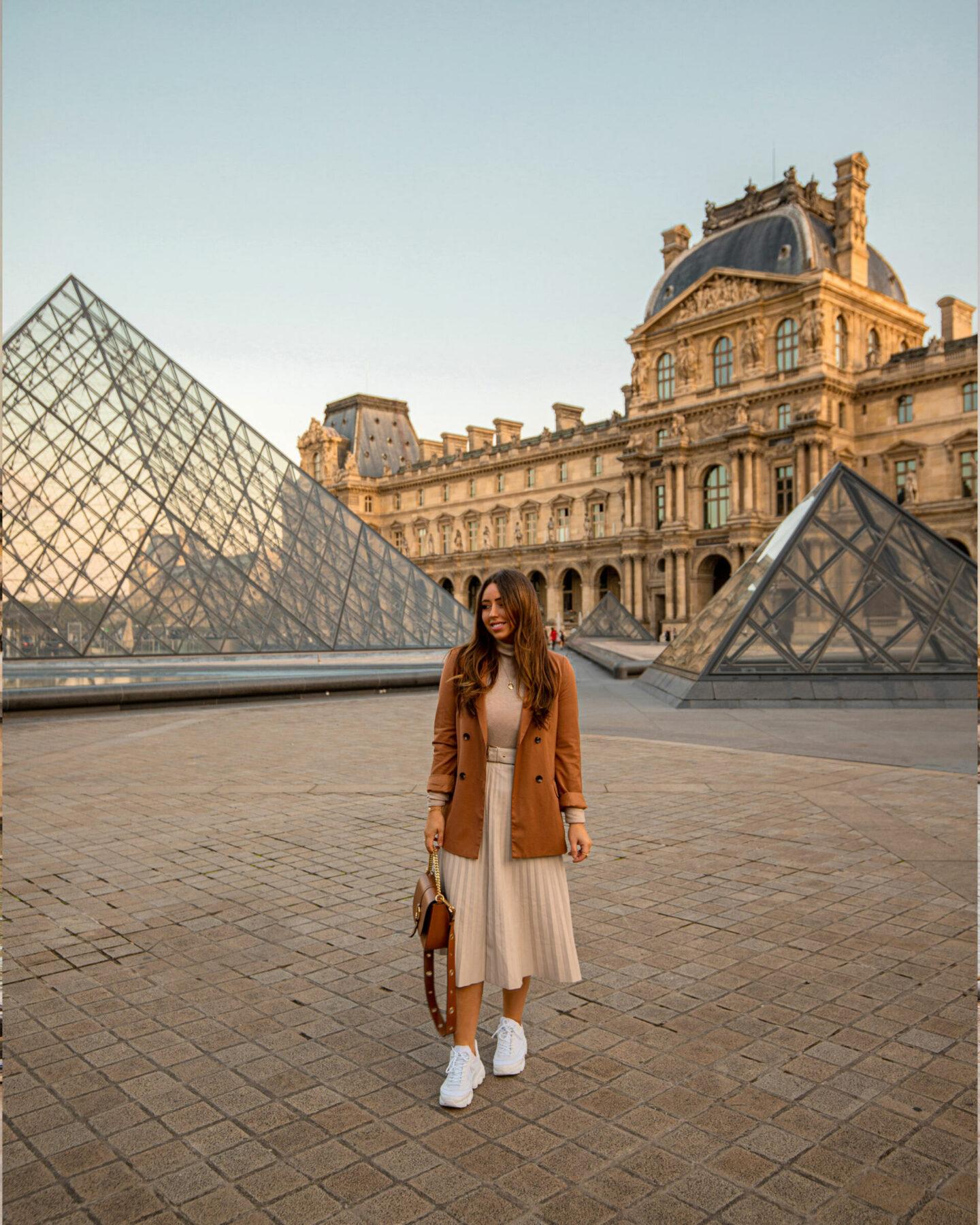 Paris Instagrammable Locations kelseyinlondon kelsey heinrichs things to do in Paris bucketlist louvre