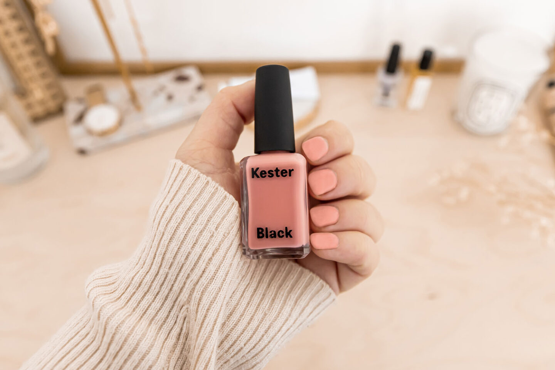 DIY gel nails gel manicure kelseyinlondon how to do gel nails at home remove gel polish kelsey heinrichs