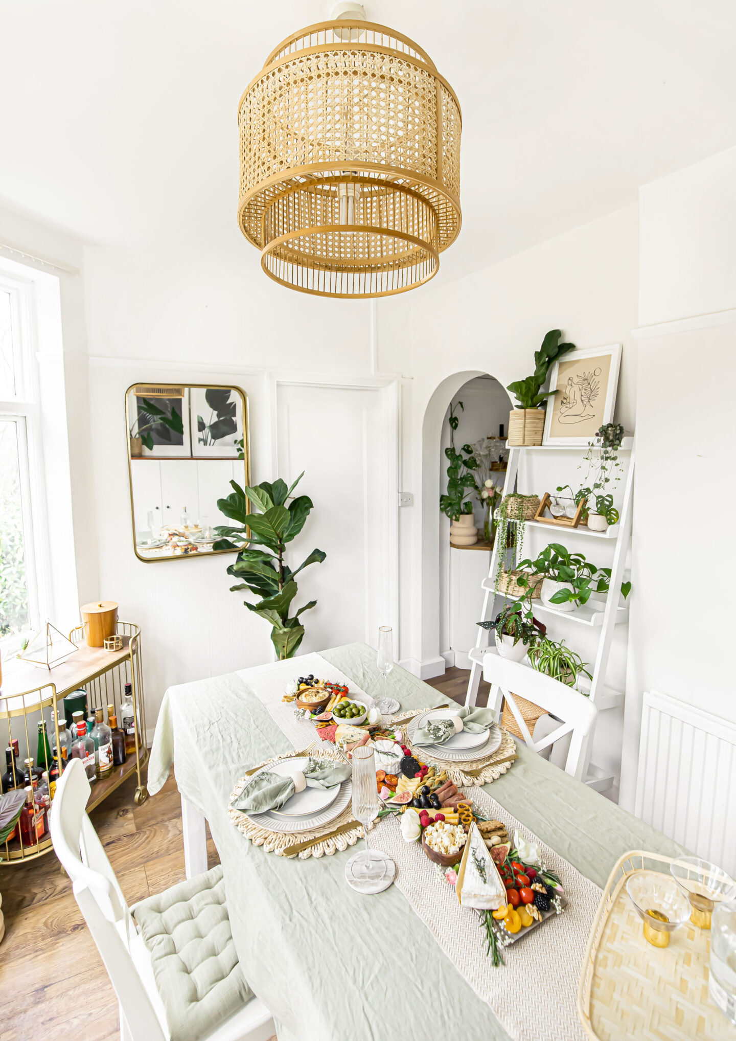 table-decorating-ideas-table-styling-homewithkelsey-kelseyinlondon-kelsey-heinrichs-dining